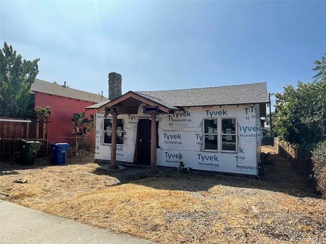 3342 W 27th Street, Los Angeles (City), CA 90018 (#TR21204649) :: Cochren Realty Team | KW the Lakes