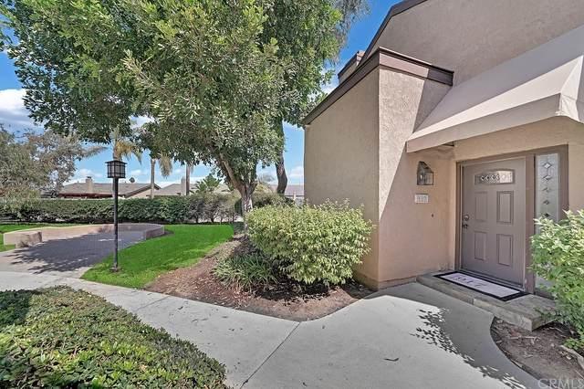 917 Hyde Court, Costa Mesa, CA 92626 (#OC21204577) :: A|G Amaya Group Real Estate