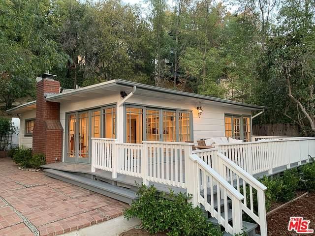 3611 Buena Park Drive, Studio City, CA 91604 (#21782764) :: Blake Cory Home Selling Team
