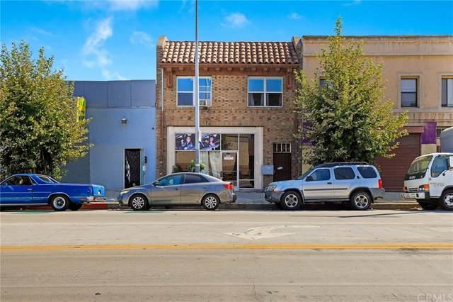 2608 W 54th Street, Los Angeles (City), CA 90043 (#SB21200353) :: A|G Amaya Group Real Estate