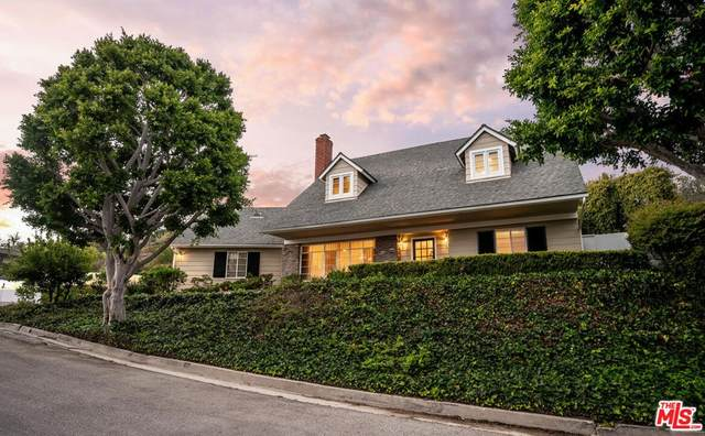 1100 Las Pulgas Place, Pacific Palisades, CA 90272 (MLS #21783412) :: The Zia Group