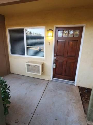2094 E Grand Ave #1, San Diego, CA 92027 (#210026371) :: Steele Canyon Realty