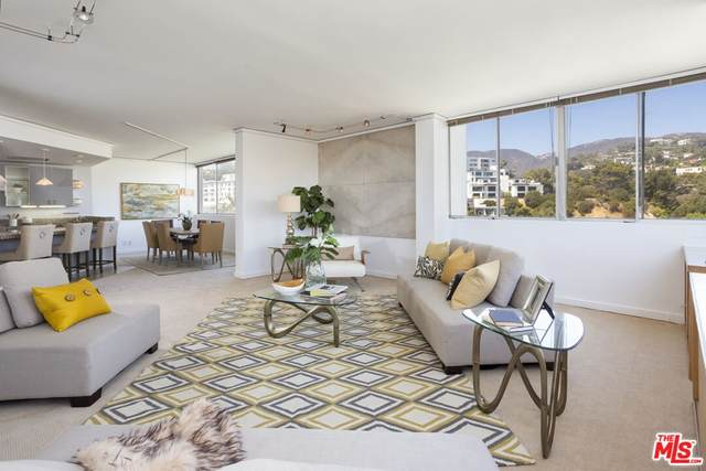 17368 W Sunset Boulevard Ph-1, Pacific Palisades, CA 90272 (MLS #21784372) :: The Zia Group