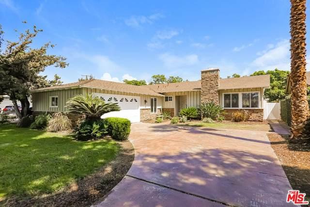 1117 N Linwood Avenue, Santa Ana, CA 92701 (#21784706) :: Wendy Rich-Soto and Associates