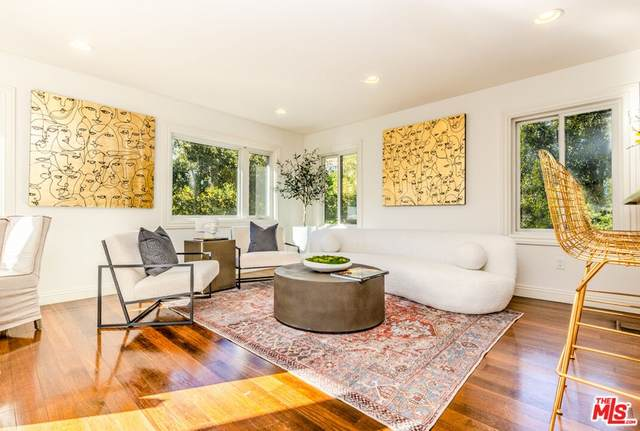 2761 Nichols Canyon Road, Los Angeles (City), CA 90046 (#21784296) :: Corcoran Global Living