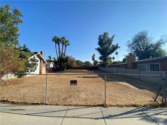 1774 Enterprise Avenue, Riverside, CA 92507 (#PW21205283) :: Better Living SoCal