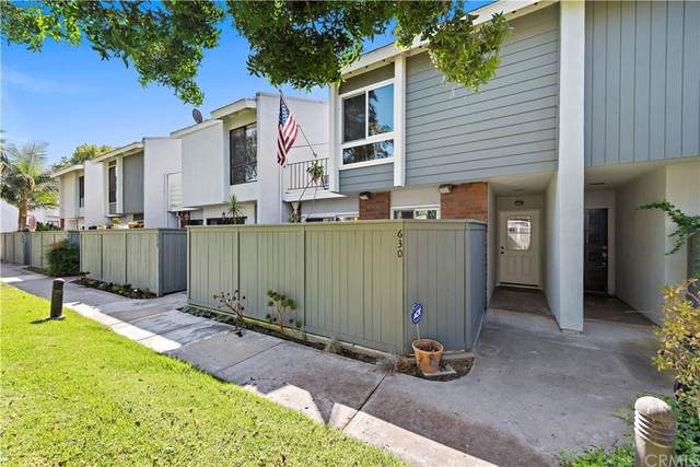 630 Skyview Lane #71, Costa Mesa, CA 92626 (#OC21201041) :: A|G Amaya Group Real Estate