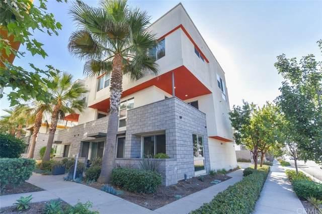 1694 Shoreline Way, Costa Mesa, CA 92627 (#OC21205346) :: A|G Amaya Group Real Estate