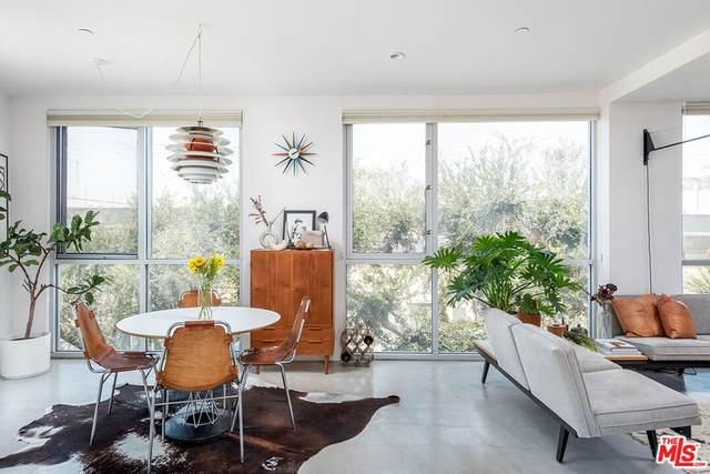 2400 Corinth Avenue #12, Los Angeles (City), CA 90064 (#21783236) :: Steele Canyon Realty