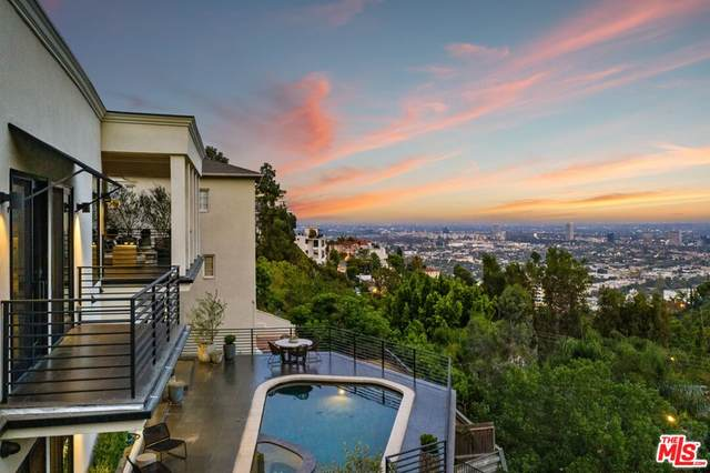 8578 Hollywood Boulevard, Los Angeles (City), CA 90069 (#21784918) :: Corcoran Global Living
