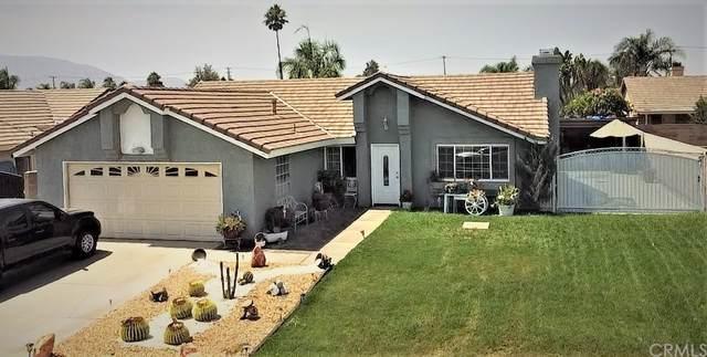 10558 Roxbury Avenue, Bloomington, CA 92316 (#CV21205409) :: Corcoran Global Living