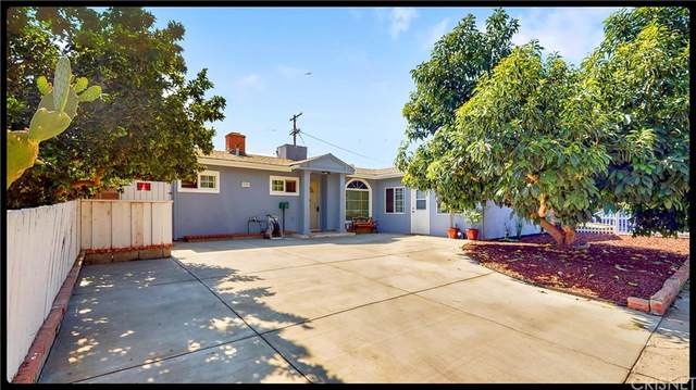 7942 Chastain Avenue, Reseda, CA 91335 (#SR21205545) :: Steele Canyon Realty
