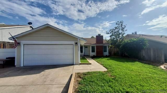 13901 Avenida Del Charro, El Cajon, CA 92021 (#210026478) :: Cane Real Estate