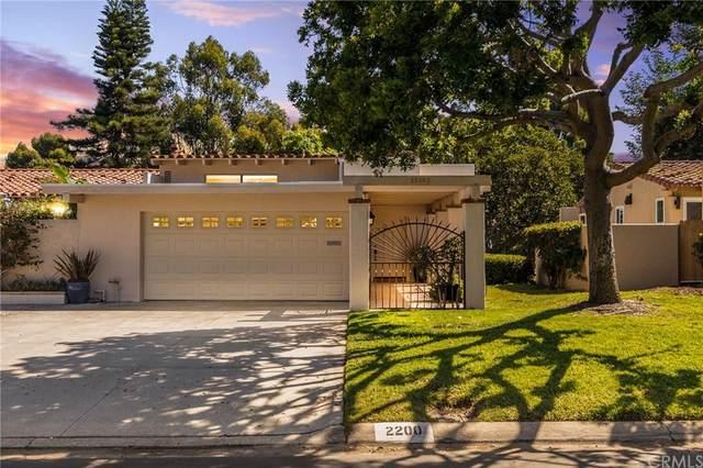 2200 Vista Dorado, Newport Beach, CA 92660 (#NP21204019) :: Doherty Real Estate Group