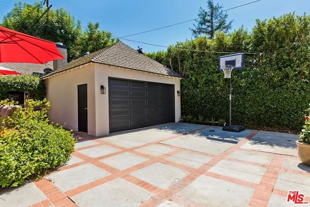 114 S Norton Avenue, Los Angeles (City), CA 90004 (#21784178) :: Steele Canyon Realty