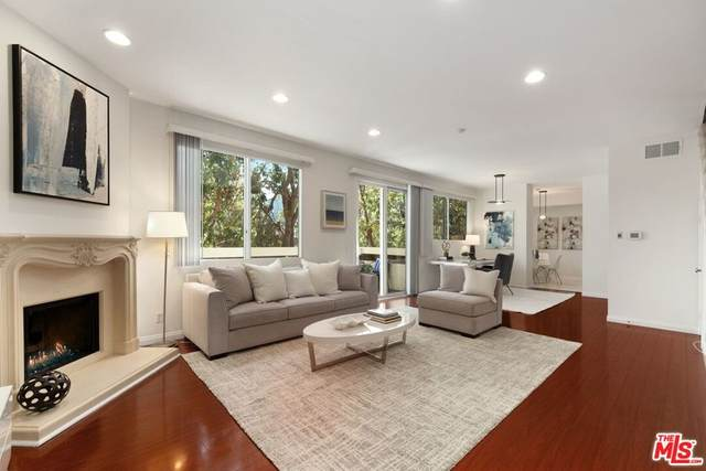 2339 34Th Street #39, Santa Monica, CA 90405 (#21784602) :: Corcoran Global Living