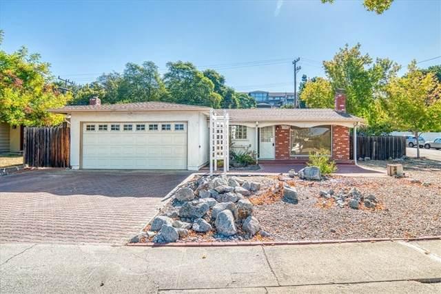 1201 Fernwood Drive, San Luis Obispo, CA 93401 (#SC21203621) :: Wendy Rich-Soto and Associates