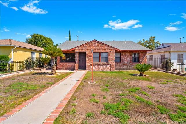 8136 White Oak Avenue, Northridge, CA 91325 (#SR21205156) :: Corcoran Global Living