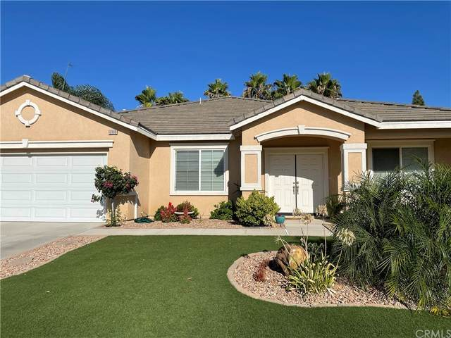 6900 Edinburgh Road, Eastvale, CA 92880 (#SW21205976) :: Steele Canyon Realty