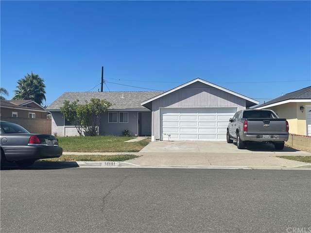 14481 Fairview Lane, Huntington Beach, CA 92647 (#OC21205953) :: Doherty Real Estate Group