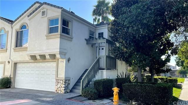 3296 W Orange Avenue, Anaheim, CA 92804 (#PW21204687) :: Corcoran Global Living
