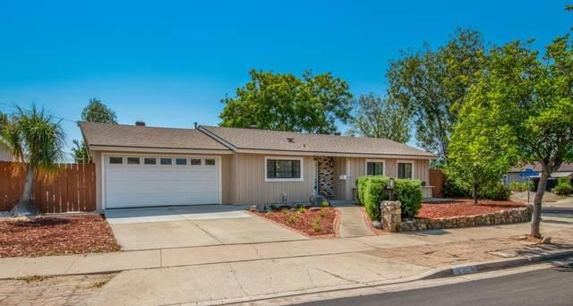 9523 Frascati Way, Santee, CA 92071 (#210026568) :: Steele Canyon Realty