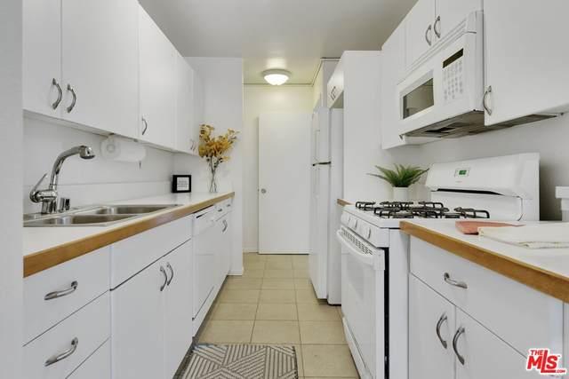 18350 Hatteras Street #263, Tarzana, CA 91356 (#21785126) :: Steele Canyon Realty
