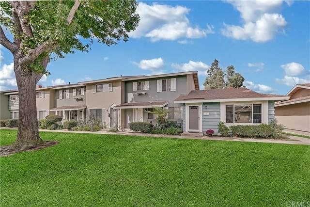 19860 Inverness Lane, Huntington Beach, CA 92646 (#OC21205072) :: Doherty Real Estate Group