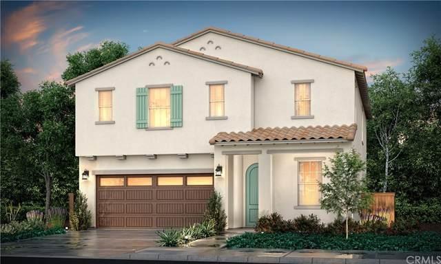 913 W Jasmine Avenue, Rialto, CA 92376 (#CV21206365) :: Steele Canyon Realty