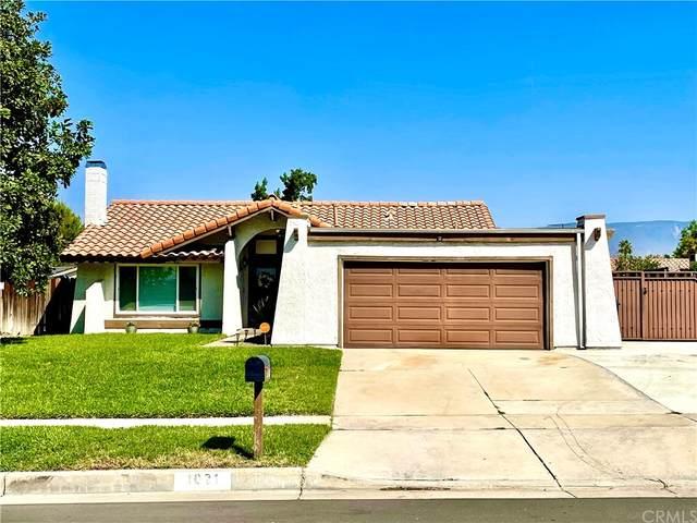 1021 E Lugonia Avenue, Redlands, CA 92374 (#EV21206640) :: Brandon Hobbs Group