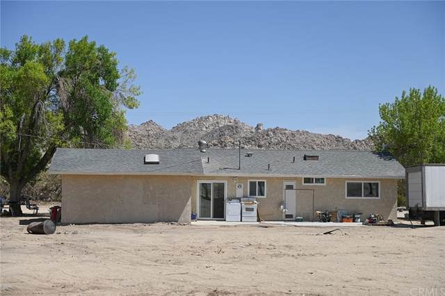 38823 E End Road, Lucerne Valley, CA 92356 (#TR21206334) :: Steele Canyon Realty