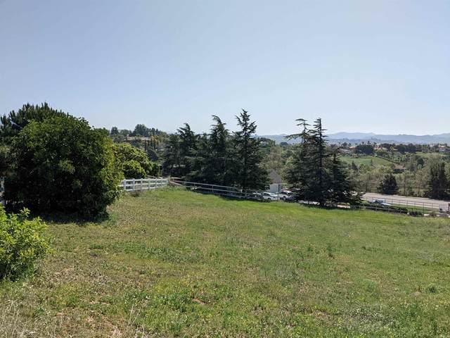tbd Alta Vista Drive, Fallbrook, CA 92028 (#NDP2110900) :: Corcoran Global Living
