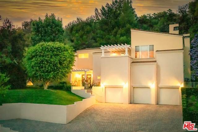 2680 Astral Drive, Los Angeles (City), CA 90046 (#21785686) :: TeamRobinson | RE/MAX One