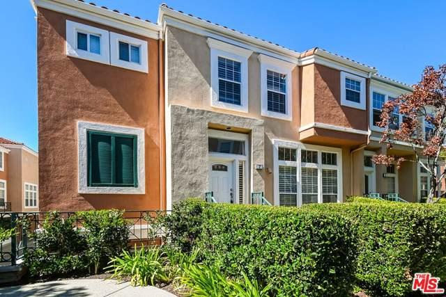 7 Salviati Aisle, Irvine, CA 92606 (MLS #21785118) :: Desert Area Homes For Sale