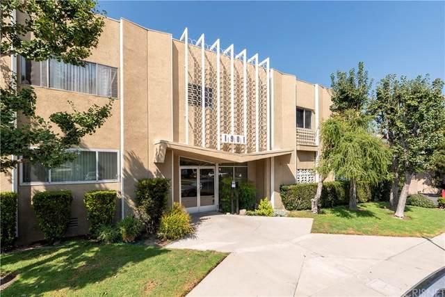 1901 Peyton Avenue J, Burbank, CA 91504 (#SR21206890) :: Compass
