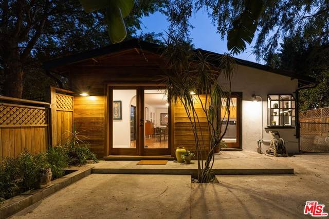 3074 Roderick Place, Los Angeles (City), CA 90065 (#21784748) :: Corcoran Global Living