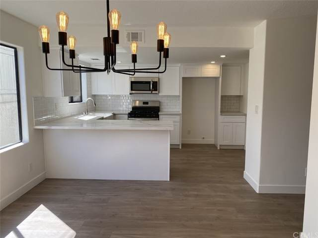 779 W 20th Street #7, San Pedro, CA 90731 (#OC21207406) :: Wendy Rich-Soto and Associates