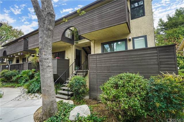 7312 Corbin Avenue J, Reseda, CA 91335 (#SR21207311) :: Jett Real Estate Group
