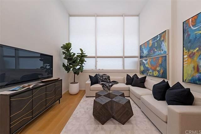 1705 Ocean Avenue #107, Santa Monica, CA 90401 (#NP21207250) :: Wendy Rich-Soto and Associates