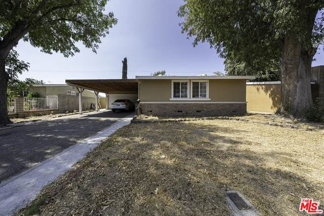 8529 Mammoth Avenue, Panorama City, CA 91402 (#21786156) :: Wendy Rich-Soto and Associates
