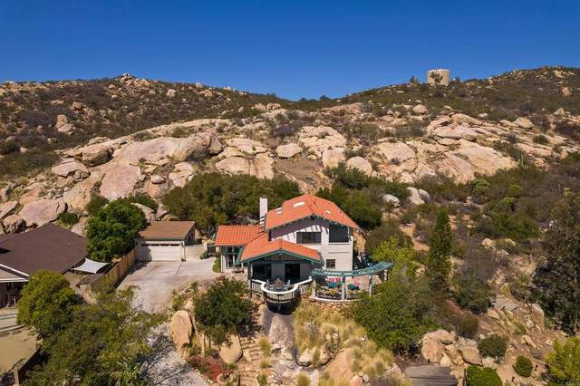 16548 Daza Dr, Ramona, CA 92065 (#NDP2110927) :: Steele Canyon Realty