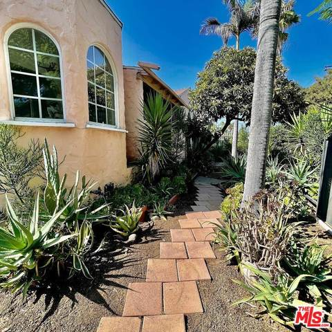 5709 Ensign Avenue, North Hollywood, CA 91601 (#21785498) :: Steele Canyon Realty
