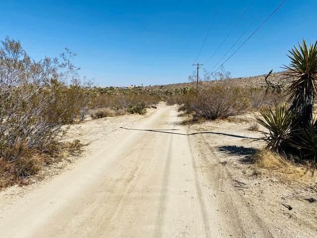 57800 Mountain View Trail, Yucca Valley, CA 92284 (#JT21208206) :: Zen Ziejewski and Team