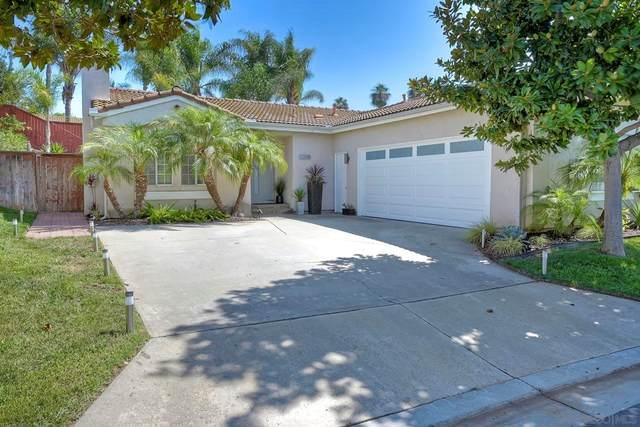 2205 San Remo Circle, Vista, CA 92084 (#210026768) :: Steele Canyon Realty