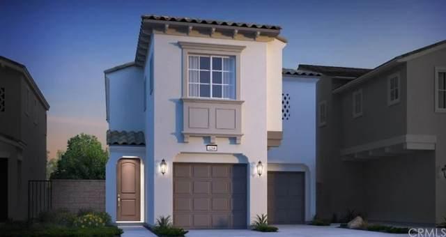 16045 Narni Lane, Fontana, CA 92336 (#EV21208470) :: Veronica Encinas Team