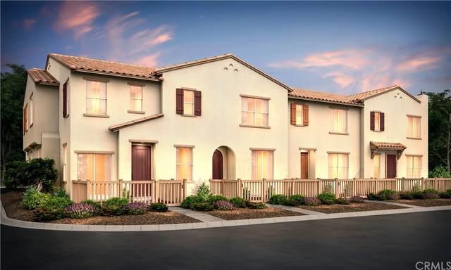 467 N Beechwood Avenue, Rialto, CA 92376 (#CV21208510) :: Steele Canyon Realty
