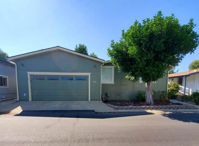 9255 N Magnolia Avenue Spc 221, Santee, CA 92071 (#NDP2110960) :: Corcoran Global Living
