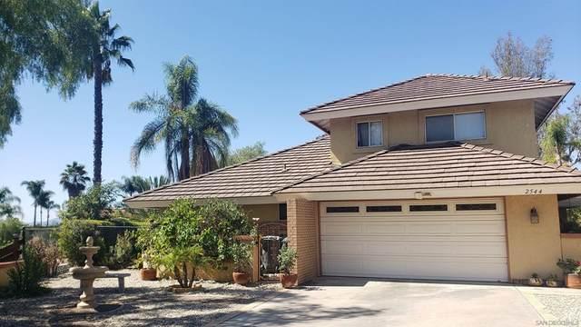 2544 Shamrock Way, Escondido, CA 92025 (#210026825) :: Mint Real Estate