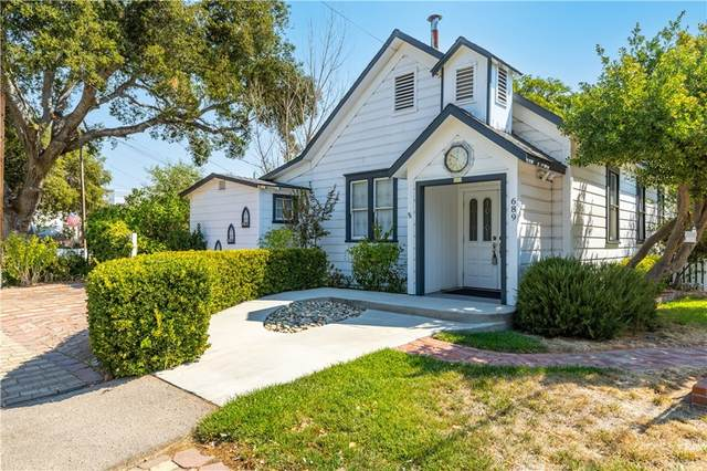 150 7th Street, Templeton, CA 93465 (#NS21208006) :: Team Forss Realty Group