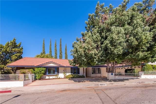 11807 Jellico Avenue, Granada Hills, CA 91344 (#SR21207288) :: Jett Real Estate Group